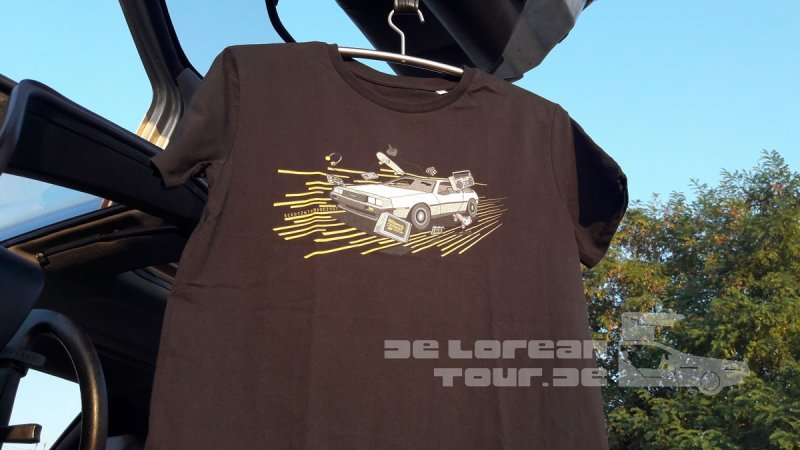 80s Shirt with Delorean DMC 12 black an VIN