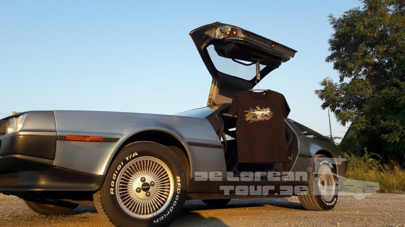 Retro Shirt Delorean black